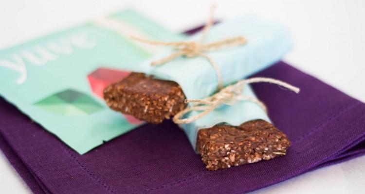 yuve chocolate date bars