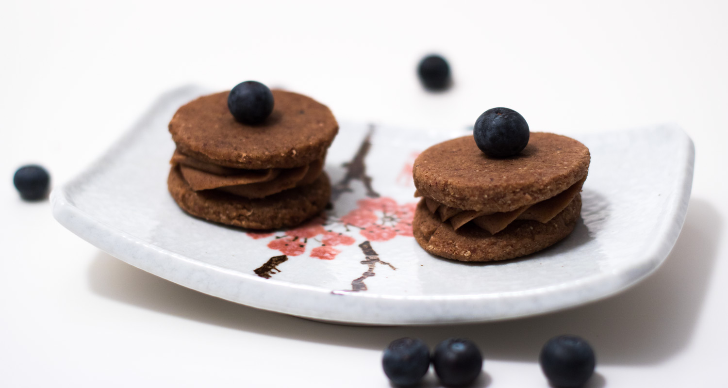 Raw Gingerbread Buckwheat Sandwiches