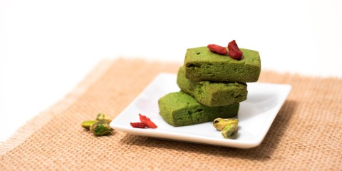 Vegan Matcha Biscuits with Pistachios