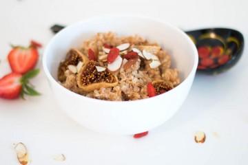 spelt cereal bowl with goji