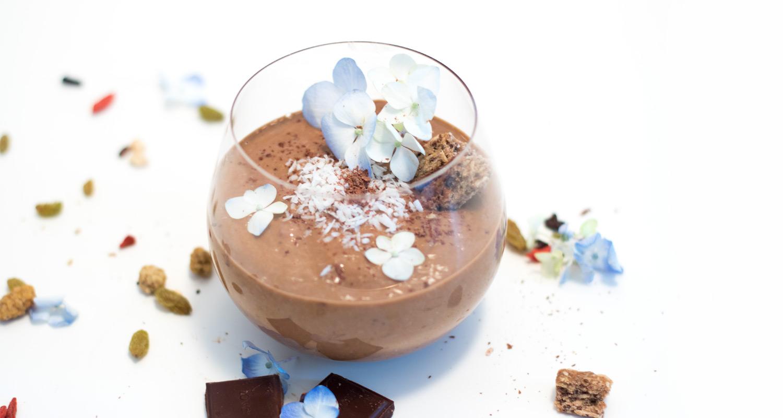 Vegan Chocolate Caramel Delight Smoothie